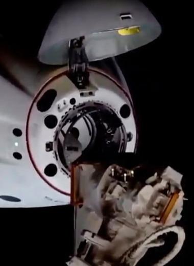SpaceX вновь доставила на МКС астронавтов на корабле Crew Dragon. В чем его уникальность