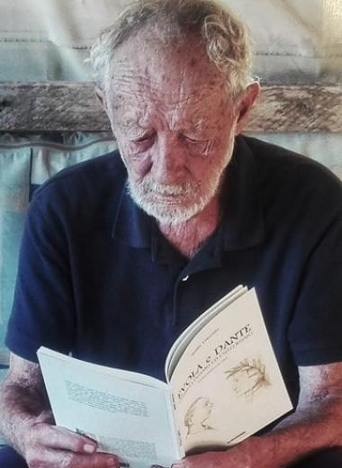 Итальянскому отшельнику придется уехать с необитаемого острова. Он прожил там больше 30 лет