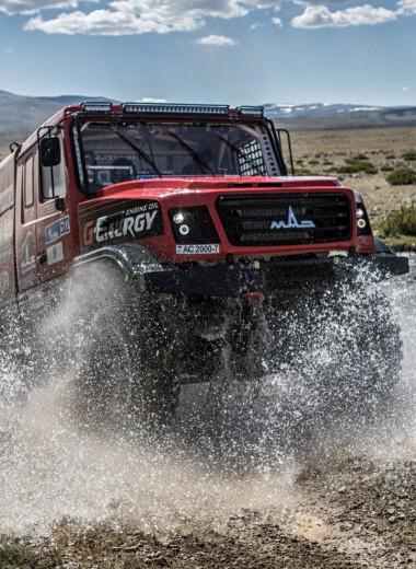 От лаборатории до ралли-рейда: как готовят моторное масло для гоночных грузовиков