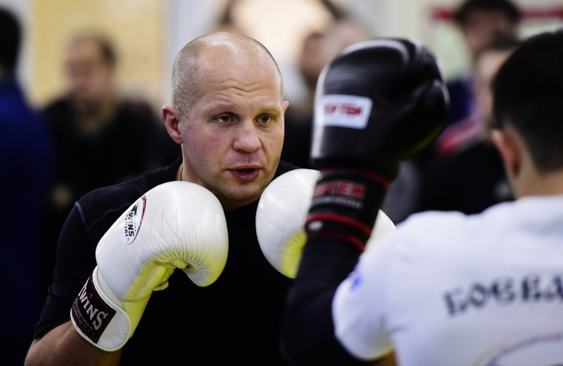 Федор Емельяненко дерется за титул чемпиона в 42 года. Что нужно знать