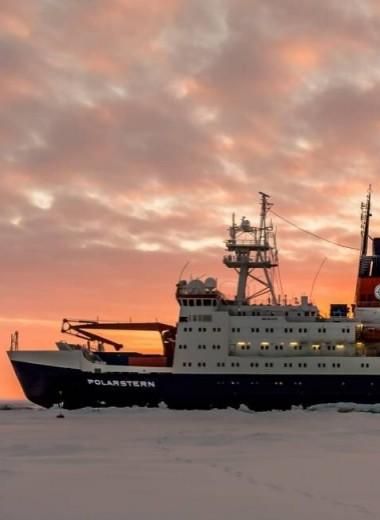 Как припарковать корабль на арктическом льду