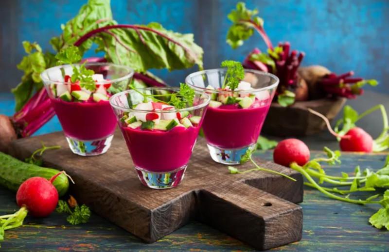 Кефир и свекла: 7 суперфудов, которые точно есть на твоей кухне
