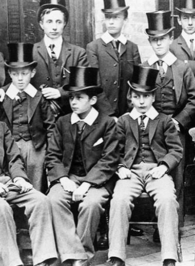 История школьной формы: как менялся стиль учеников в разных странах мира