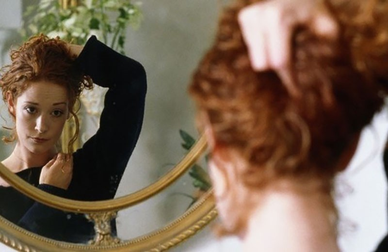 «Свет мой, зеркальце»: как научиться принимать свою внешность