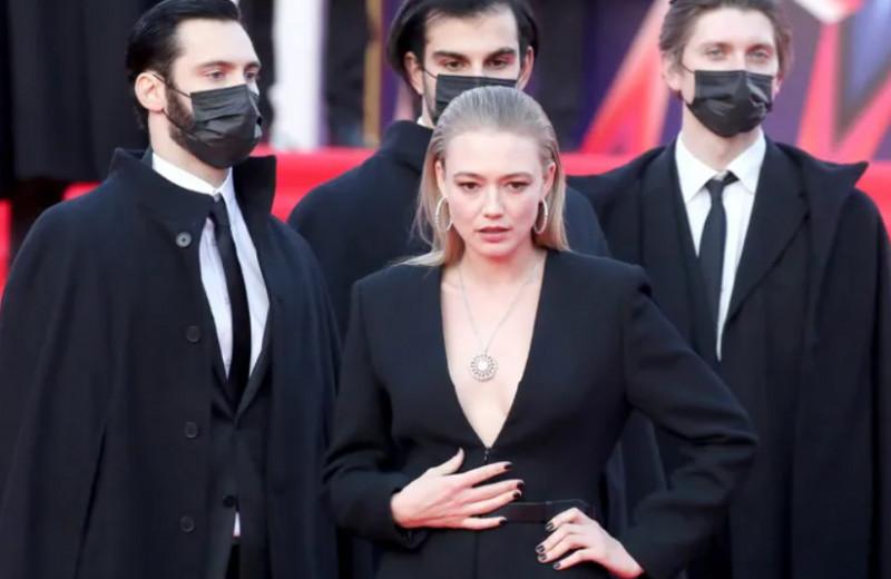 «Феминизм — удел некрасивых»: почему Оксана Акиньшина не права