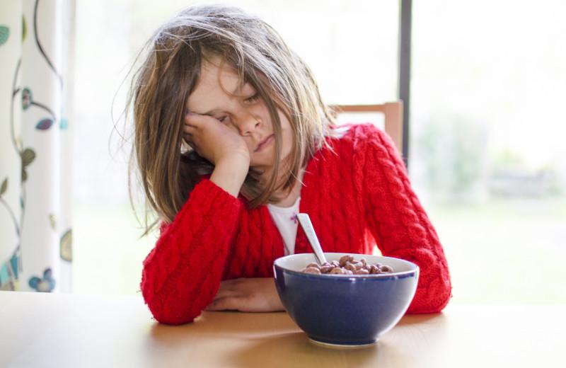 5 лайфхаков, как перестроить ребенка (и себя) на раннее вставание в школу