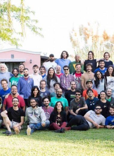 Нет гендиректора, а зарплату определяют коллеги: компания из Аргентины с 85 сотрудниками работает без руководителей
