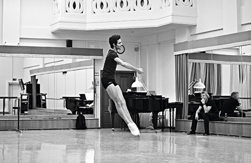 В балетном теле: как живут и работают танцоры Большого театра