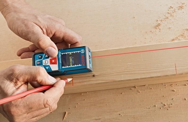 Если быть точнее: как выбрать лазерную рулетку для дома