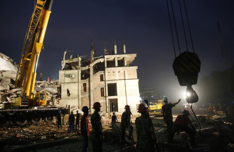 «Крахмальный голод», китовое побоище, гибель рабочих под завалами: какие катастрофы вызвала беспощадная мода
