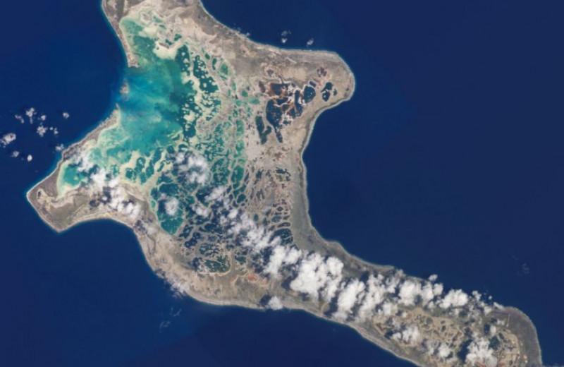 Кирибати – единственное государство на Земле, расположенное во всех четырех полушариях