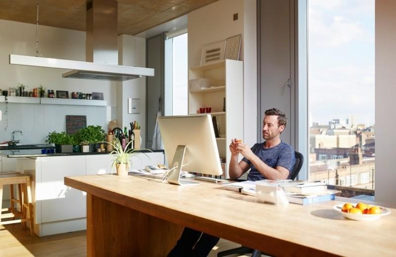 «С глаз долой»: как оставаться на виду у начальства и коллег в условиях удаленной работы