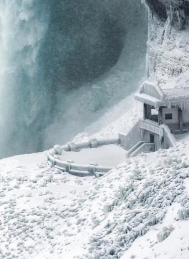 Замерз Ниагарский водопад: фото и видео