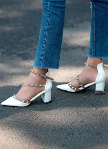 Крепко стоять на ногах: мода на средний каблук и как с ней жить