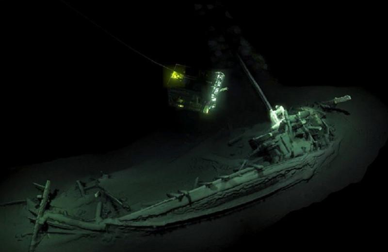 В Черном море найден древнейший и неповрежденный затонувший корабль