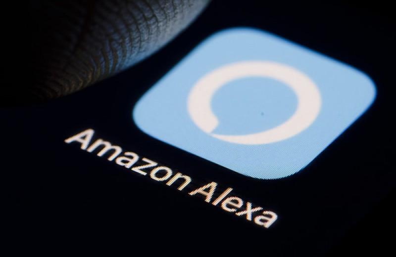 Bloomberg: Работники Amazon подслушивают клиентов через умные колонки, и даже обмениваются особо забавными записями