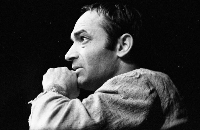 «Гениальный Автор Феноменальных Текстов»: ушел из жизни артист и поэт Валентин Гафт