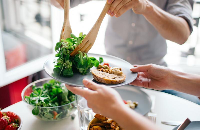 Ешь побольше: что такое объемная диета и как на ней похудеть