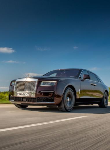 Личный опыт: почему руль Rolls-Royce Ghost жаль отдавать водителю