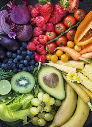 Утренние отеки: какие продукты в вашем рационе помогут их избежать
