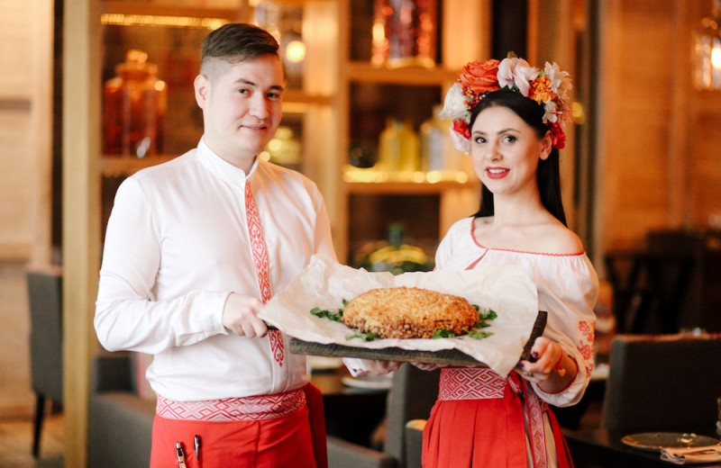 9 самых больших ресторанных блюд России (что насчет килограммового сырника?)
