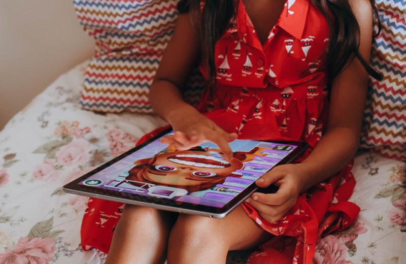 Детство в гаджетах: как цифровой мир влияет на мышление ребенка