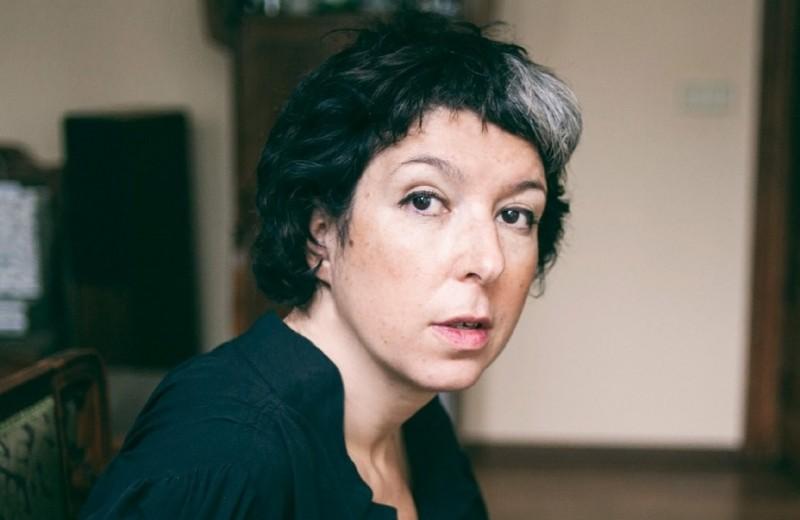 Литературный критик Анна Наринская — об «Анне Карениной», «Джейн Эйр» и книгах, которые она перечитывает