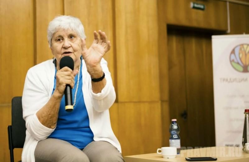 «Живешь — живи. Радуйся». Главному российскому психологу Юлии Гиппенрейтер исполнилось 90 лет