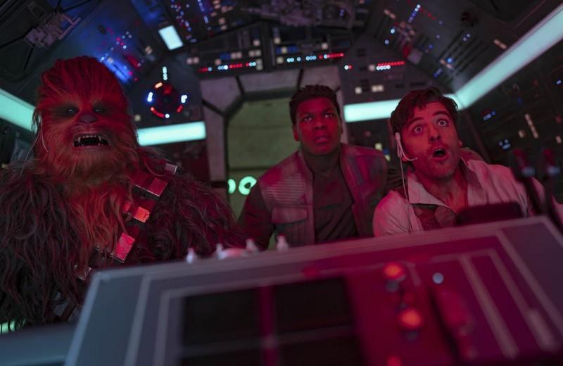 «Это не мои «Звездные войны»: как Disney борется за любовь фанатов культовой киносаги