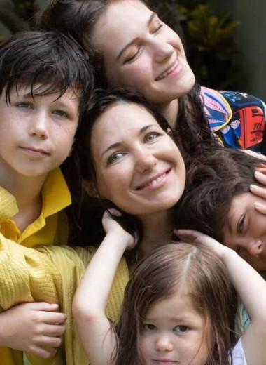 Мамы нарасхват: пять российских многодетных звезд, родивших от разных мужчин
