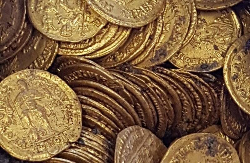На месте древнеримского театра в Италии найден клад: сотни золотых монет