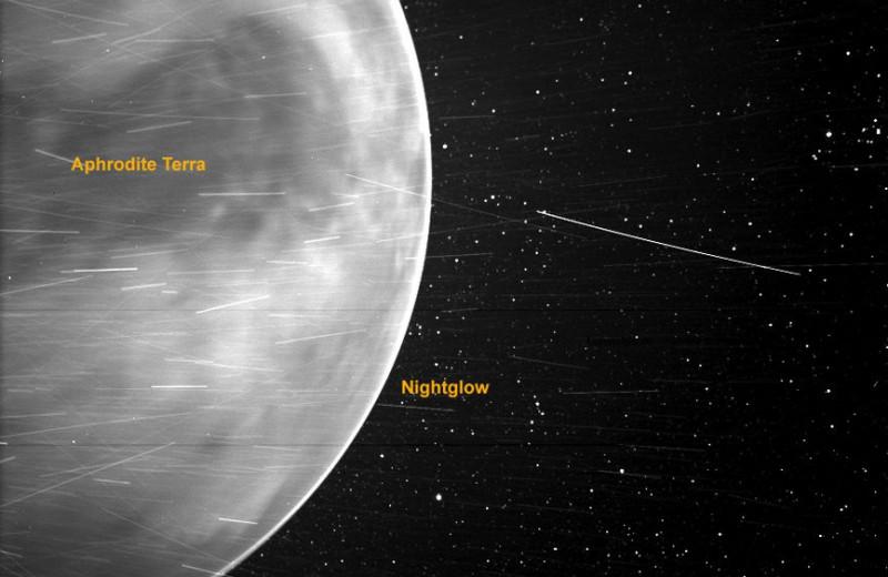 Солнечный зонд Parker сделал снимок Венеры, заглянув сквозь ее атмосферу