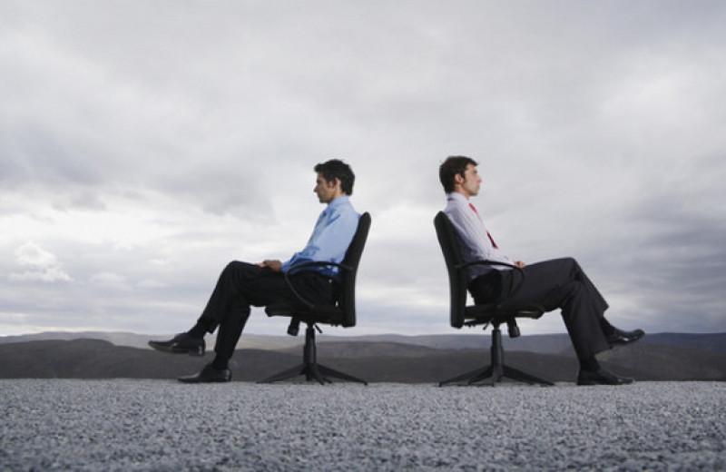 Как общаться с нетактичными людьми: 5 действенных стратегий