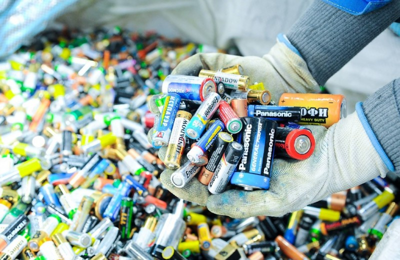 Сдай мусор – получи подарки: акция 22–29 апреля в ТЦ «Авиапарк»