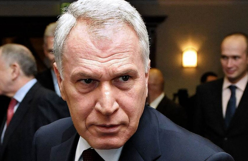 «Проект»: банк друга Путина получает с комиссий за ЖКХ не менее двух миллиардов рублей в год