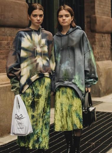 Красочный Insta-тренд: учимся носить тай-дай на примере Instagram-модниц