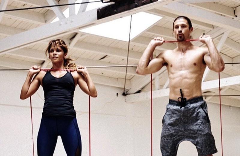 Подслушано у звезд: 12 фитнес-приемов от тренеров самых спортивных актрис
