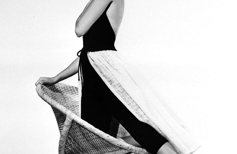 Любимые киногероини Vogue показывают, как носить соломенные шляпы