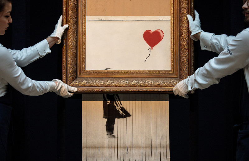 Художник превратился в торговца и перестал этого стесняться. Как соцсети подарили искусство народу