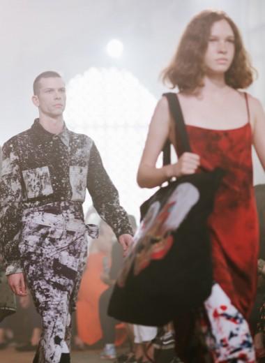 Зачем и кому нужны недели моды? Устарел ли этот формат? Отвечают профессионалы индустрии