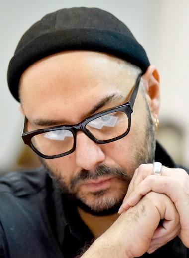 «Судебный процесс стал признанием его художественных заслуг»: Кириллу Серебренникову исполнилось 50 лет