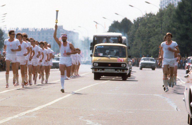 Олимпийский автопарк. На чем ездили по Москве летом 1980-го