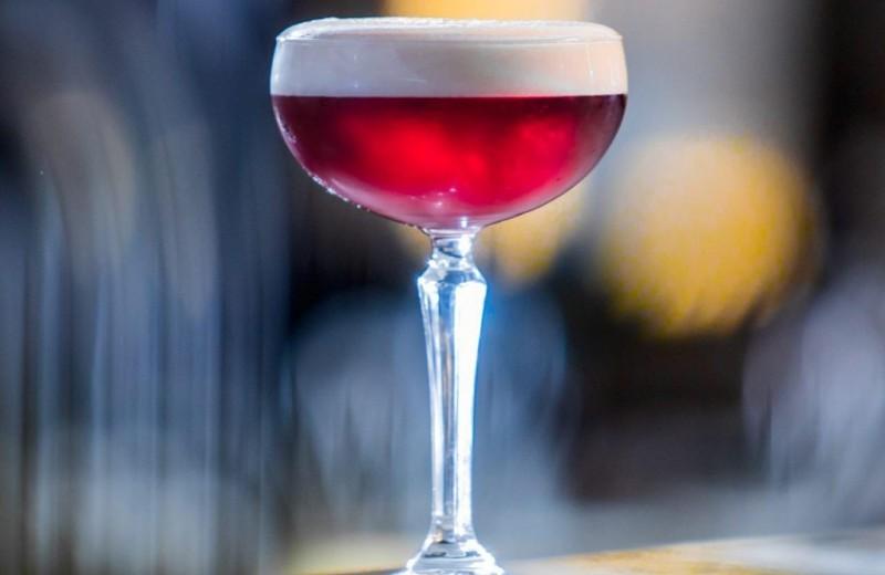 5 алкогольных коктейлей Москвы и Питера с названиями в честь знаменитостей