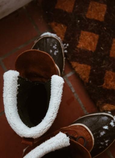 Как убрать запах из обуви: пошаговая инструкция по борьбе с неприятностью
