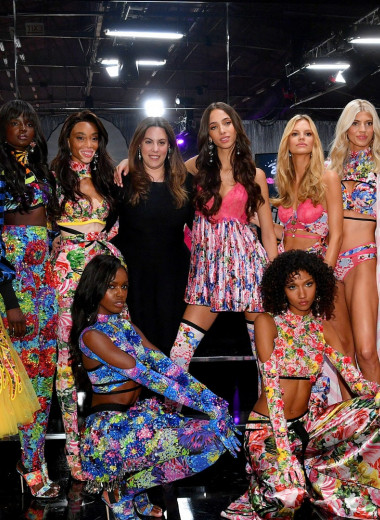 Лучшие фотографии с показа Victoria's Secret 2018