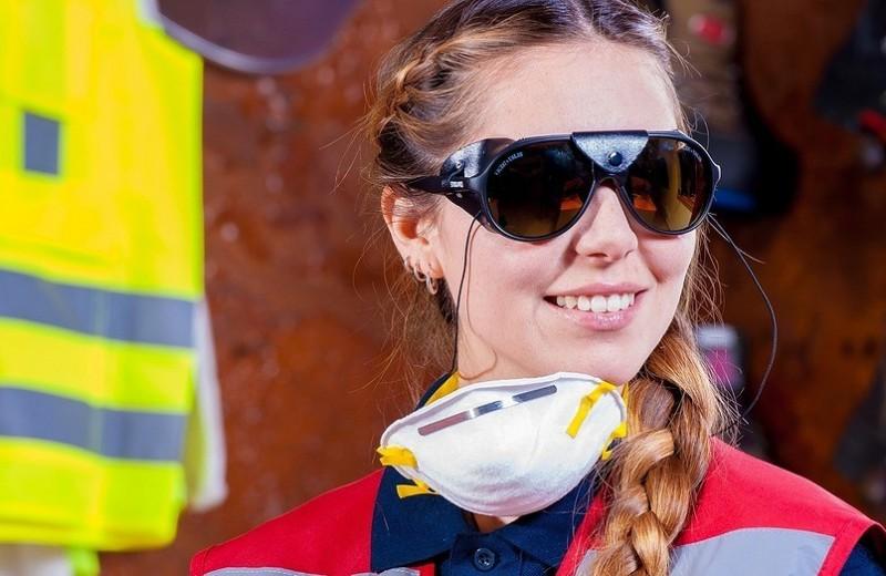 На страже здоровья: от чего действительно защищают маски и респираторы?
