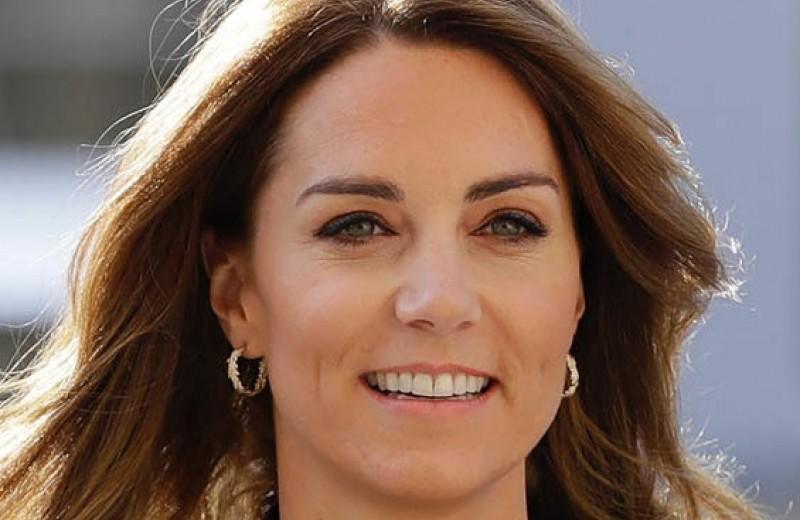 Кейт Миддлтон в изумрудном наряде встретилась с близким другом принцессы Дианы