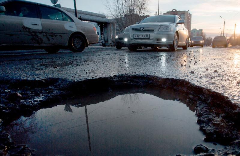 Повредил машину из-за ремонта дороги: как получить компенсацию