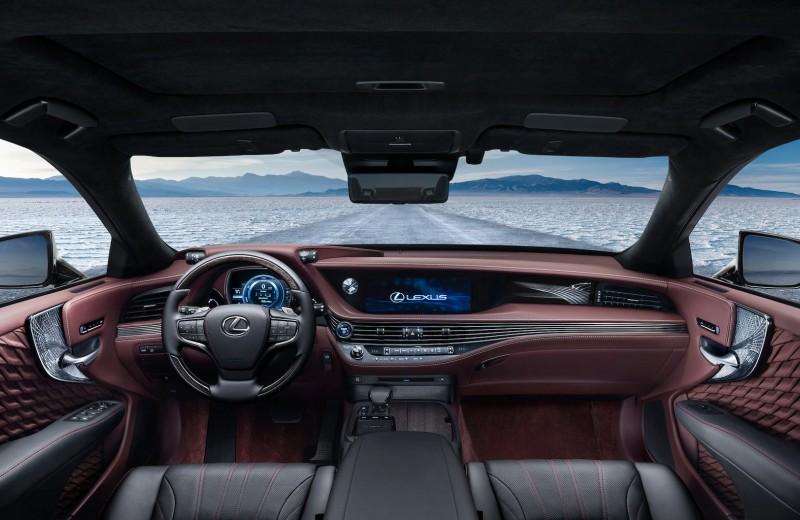 Сверхкачество: тест-драйв Lexus LS