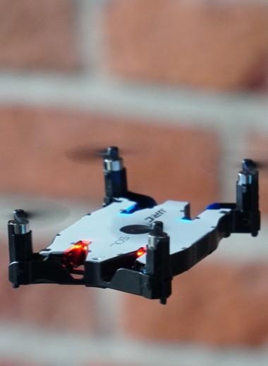 Зачем нужны маленькие дроны для селфи: тест карманных вертолетов
